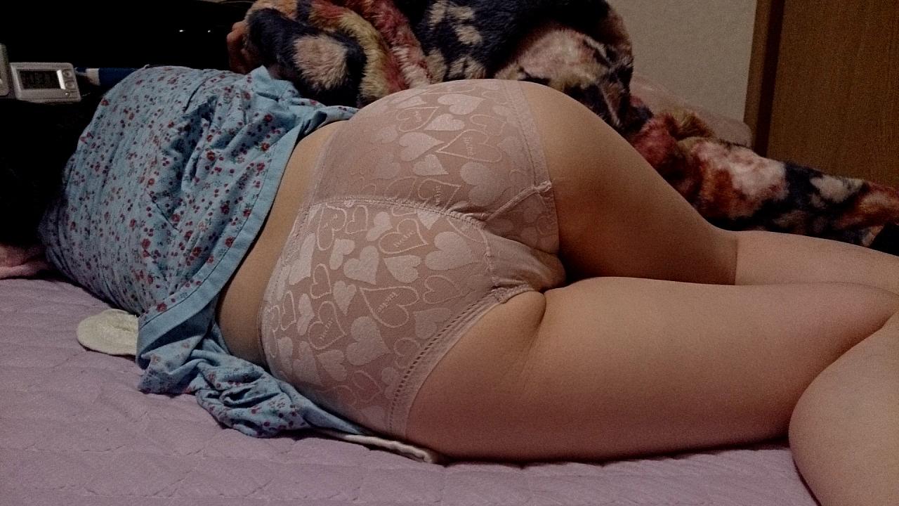 【投稿熟女画像】生活感溢れる素人おばさん達のエロ姿19